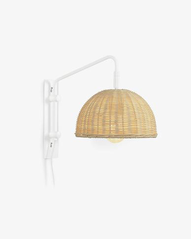 Damila wall sconce in metal with white finish and rattan with natural finish