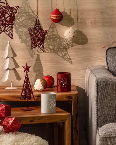 Coraly Christmas tree