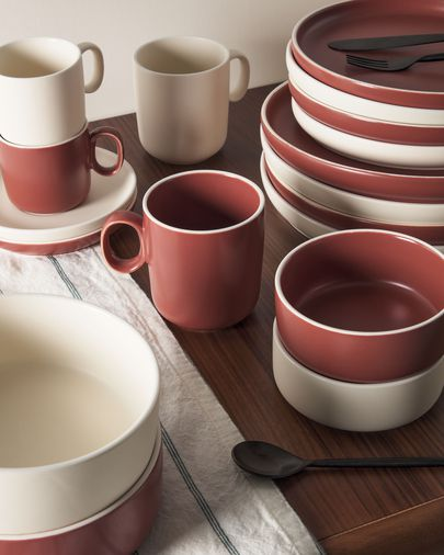 Roperta porcelain coffee cup in beige