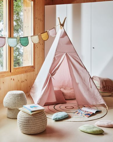 Darlyn tipi in 100% pink cotton with solid pine legs