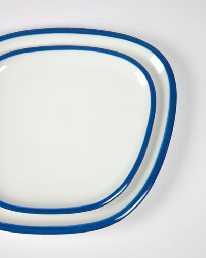 Odalin porcelain dinner plate in blue and white