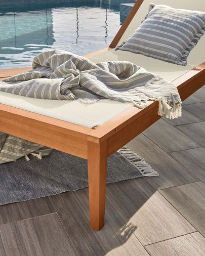 Caterin solid eucalyptus sun lounger in beige FSC 100%