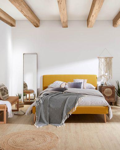 Dyla Bett aus enfgelb und Beinen aus massivem Buchenholz 160 x 200 cm