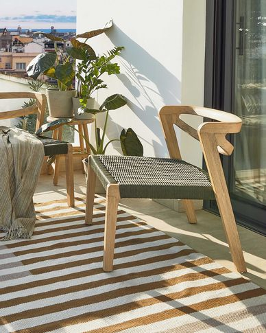 Poltrona Ezilda in legno massello di eucalipto e corda verde FSC 100%