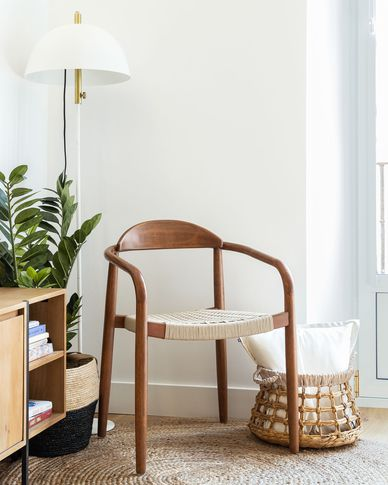 Silla Nina madera maciza eucalipto acabado nogal y cuerda beige FSC 100%