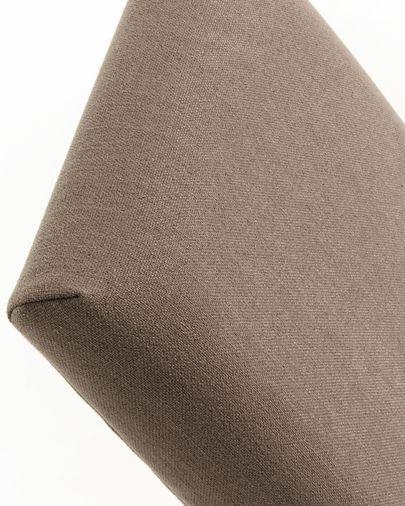 Silla Freda marrón y patas de madera maciza de haya acabado natural