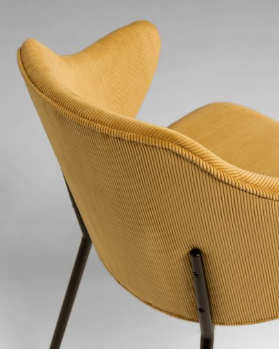 Cadira Suanne pana mostassa