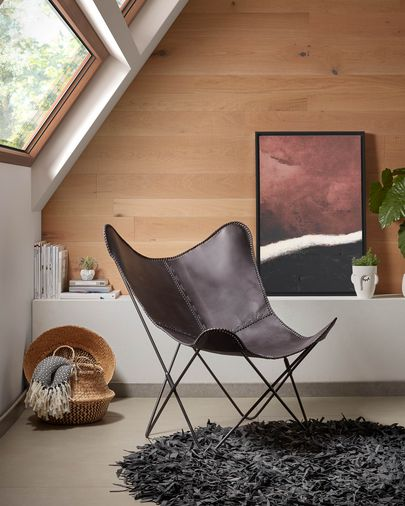 Black leather Fly armchair