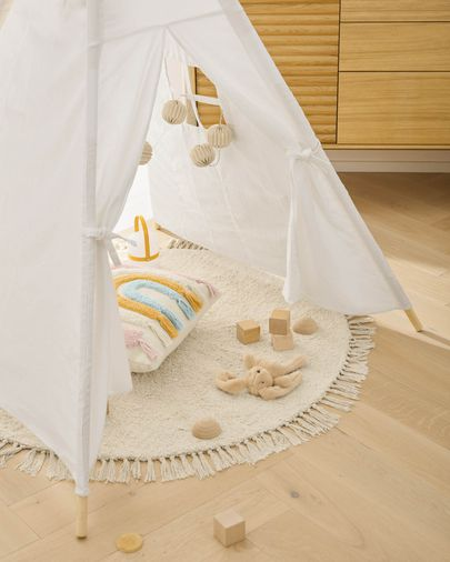 Darlyn 100% cotton white tipi with solid pine wood legs