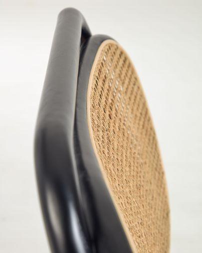 Cadeirão Doriane madeira maciça olmo acabamento lacado preto com assento estofado