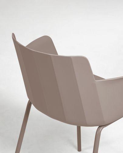 Cadeira com braços Hannia castanho