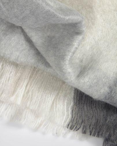 Manta Catarina cuadros blancos y grises 125 x 150 cm
