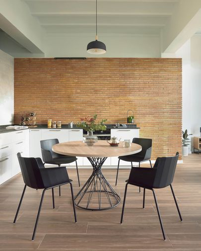 Niut round Ø 120 cm melamine table with natural finish and steel legs with black finish