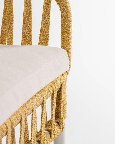 Robyn Set, bestehend aus einem senfgelben Sessel und Sofa