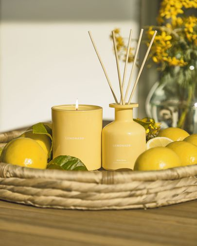 Lemonade scented candle 180 g