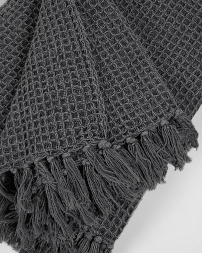 Shallow grey blanket 130 x 170 cm