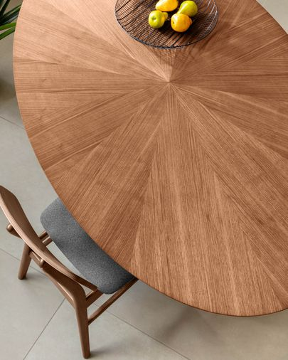 Naanim 180 x 110 cm table with an walnut finish