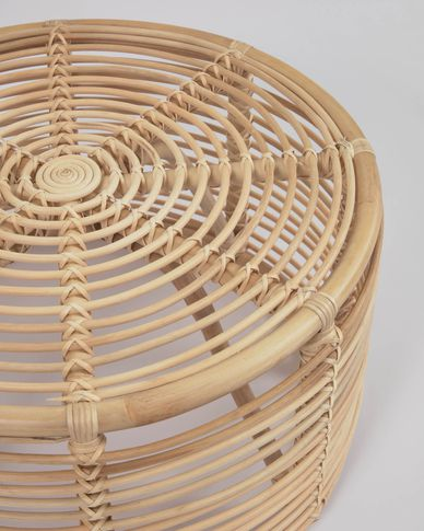 Round Kohana coffee table in rattan with natural finish Ø 66 cm