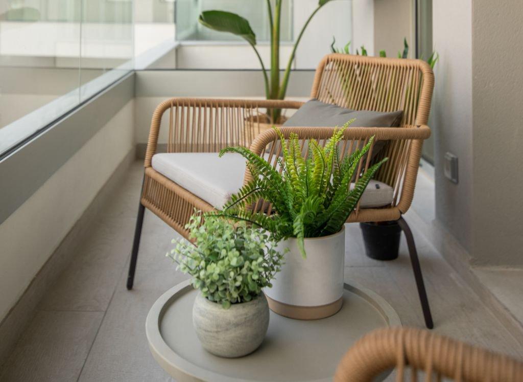 3-proyecto-interiorismo-apartamento-barcelona-somos nido-muebles-decoracion-kave home.jpg