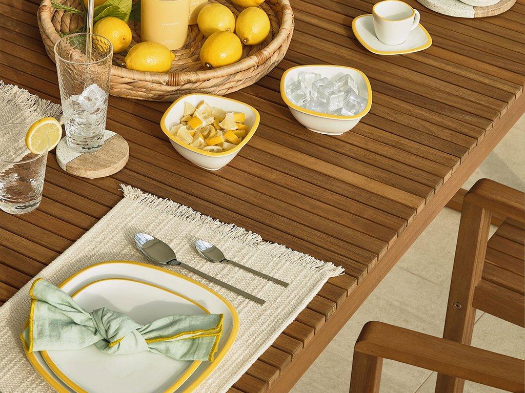 Como-decorar-mesa -comida-verano-01.jpg