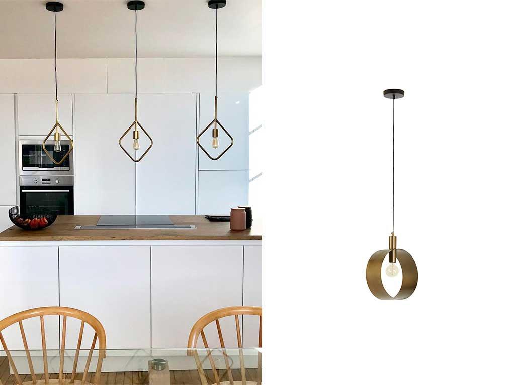 cocina-isla-iluminacion-lampara-techo-dorado.jpg