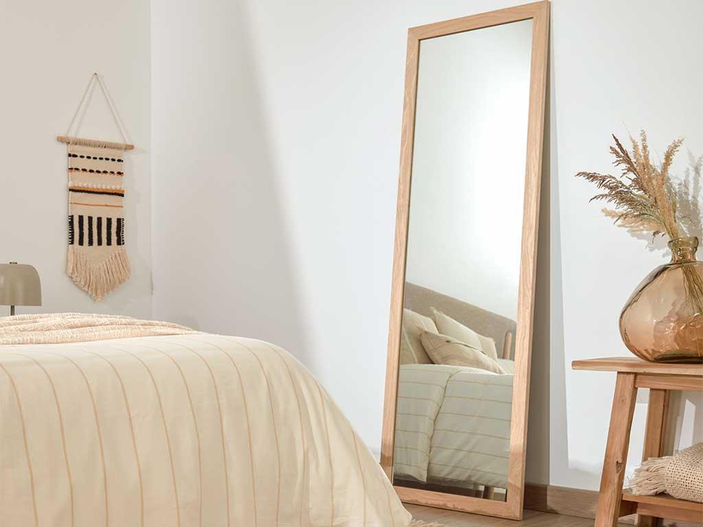dormitorio-blanco-y-madera.jpg