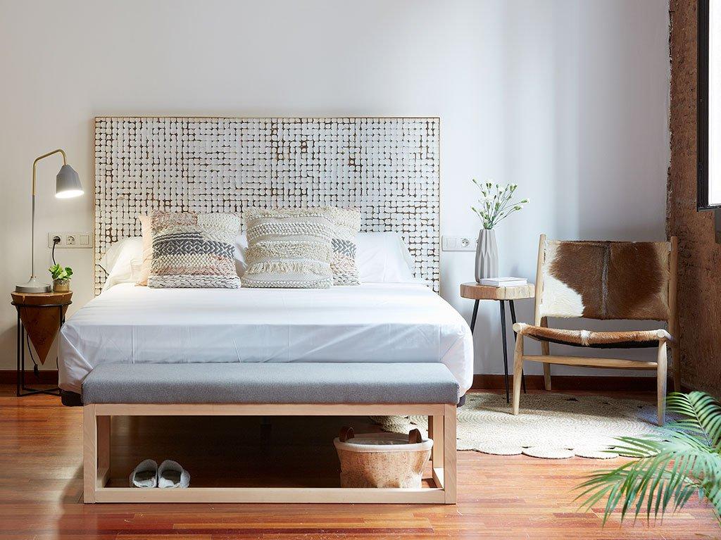 dormitorio-matrimonio-colores-neutrales.jpg
