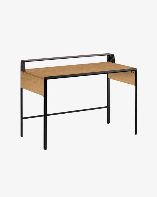 escritorio nadyria.jpg
