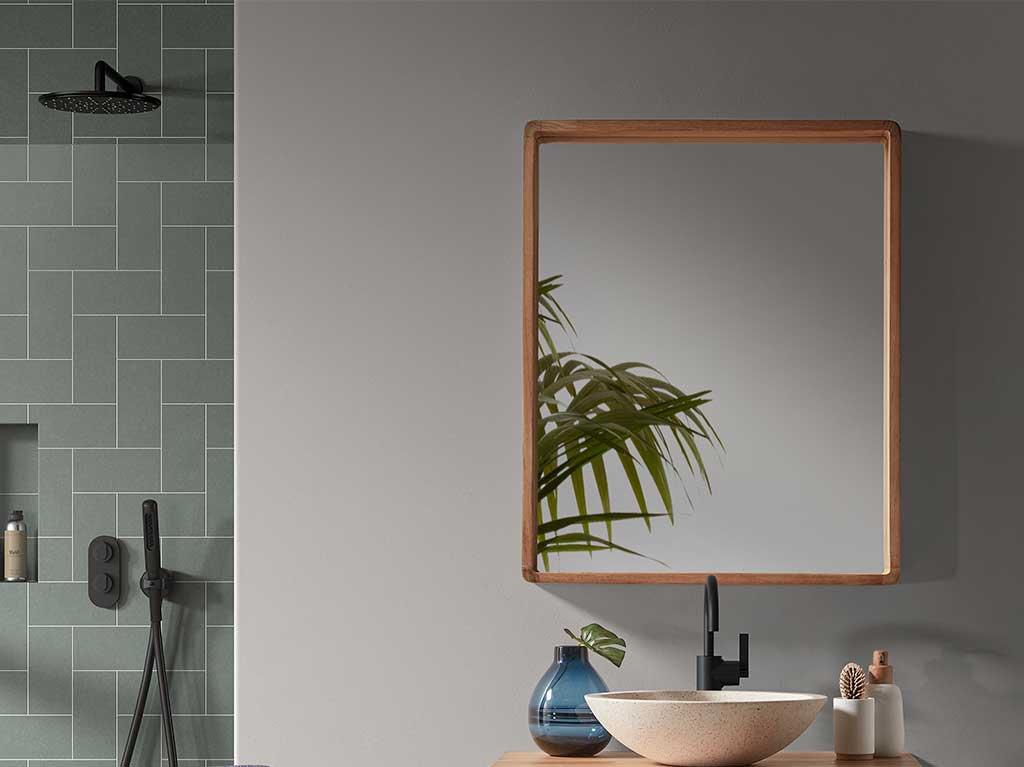 espejo-cuadrado-baño-madera.jpg