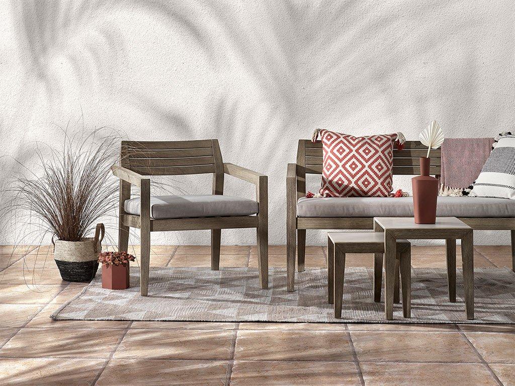 exterior-silla-alfombra.jpg