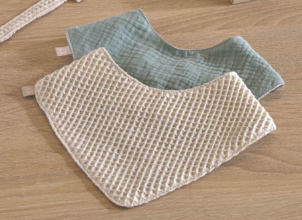 ideas-regalos-utiles-mama-primeriza-bebe-bandana.jpg