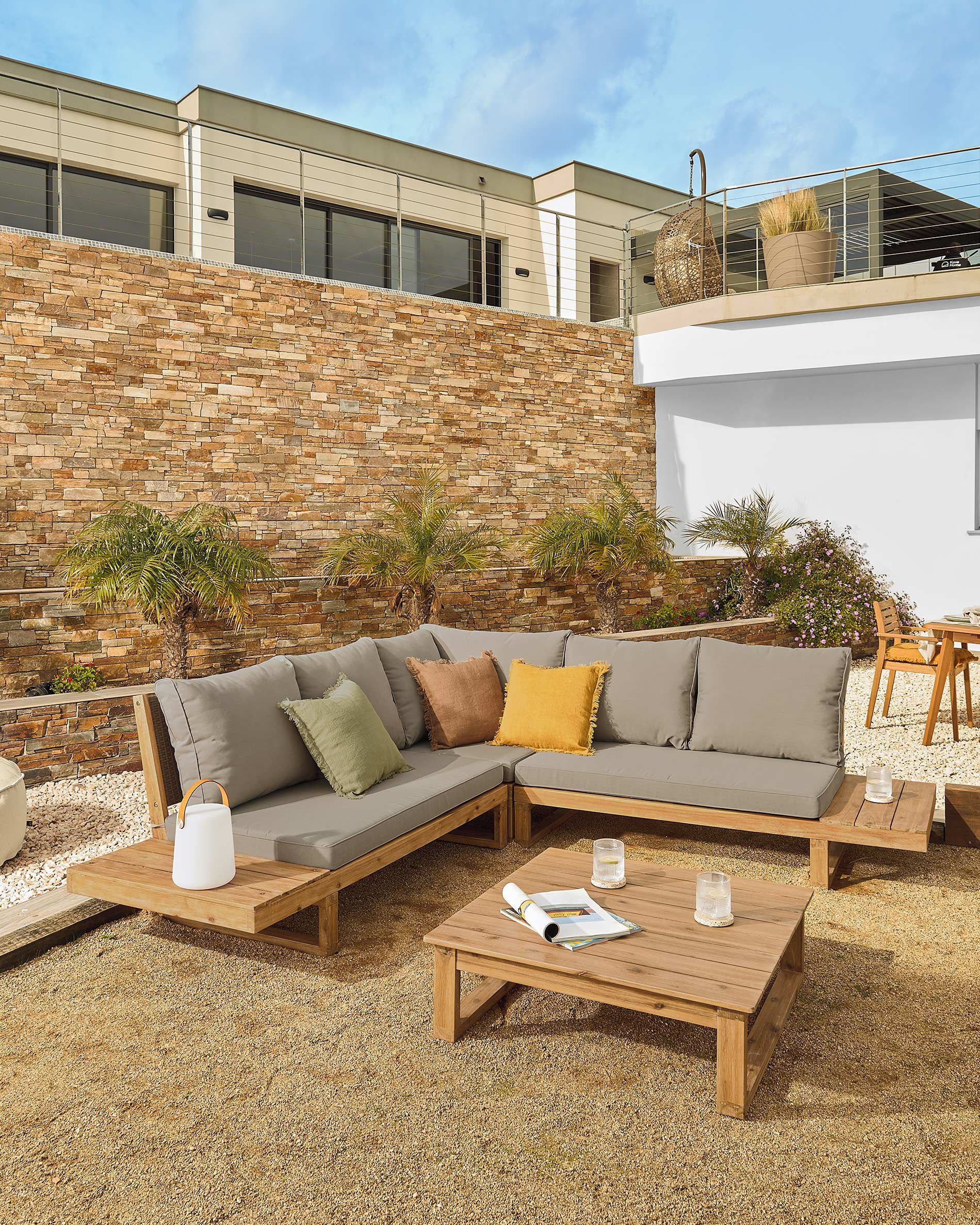 iluminacion-jardin-exterior-sofa-rinconero