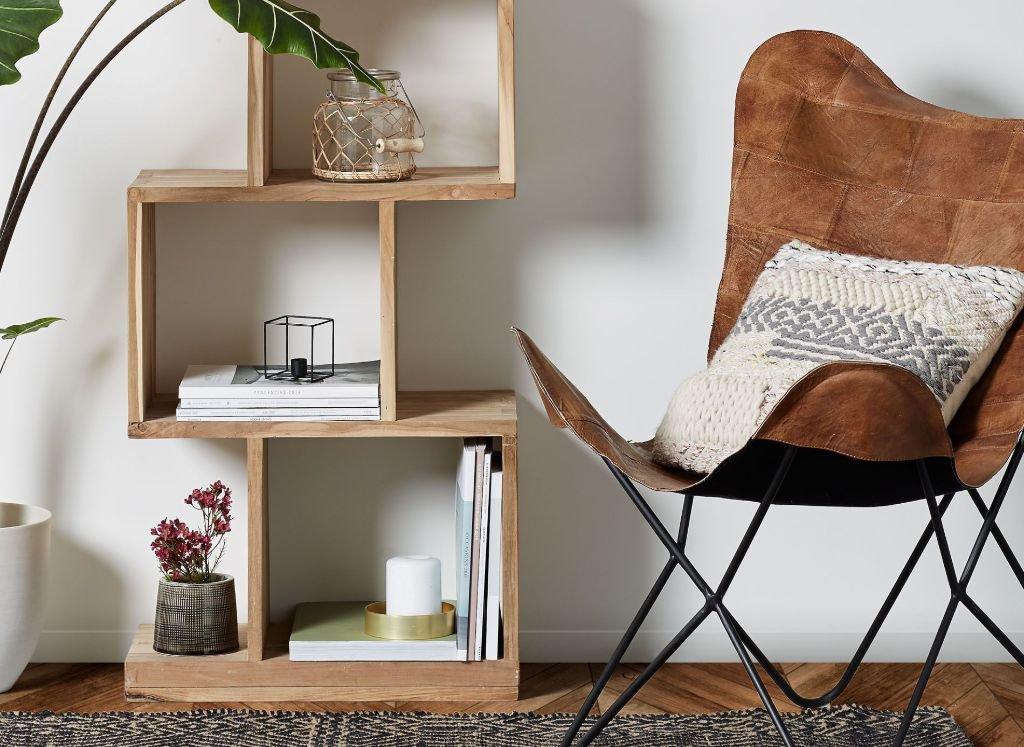libros-decorativos-estantería-balda-inferior
