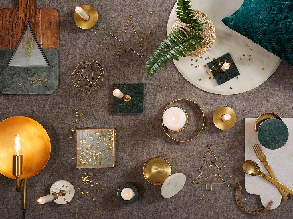 navidad-decoracion-mesa-terciopelo.jpg